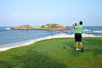 golf island green