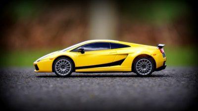 car-1842109_640