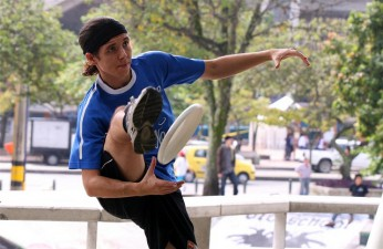 ultimate frisbee trick