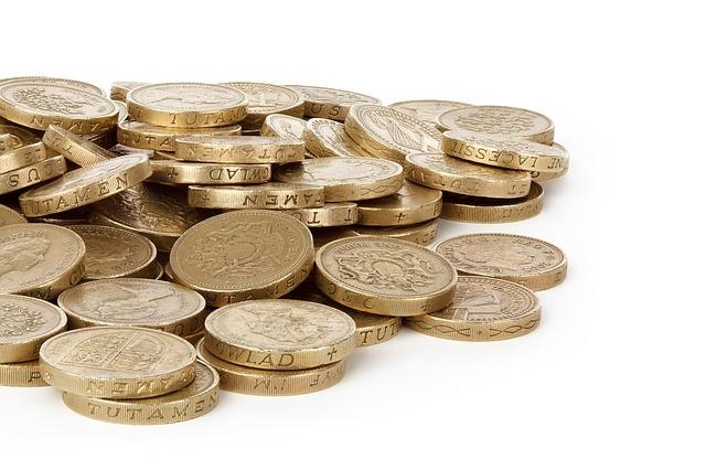 Dollar cost averaging to reduce risk