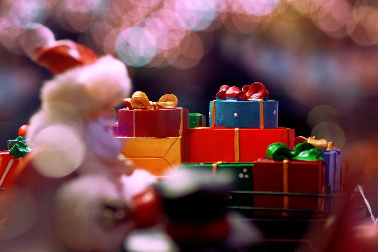 christmas-celebration-2902215_1280