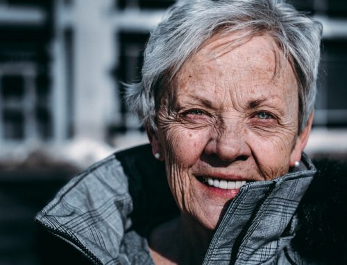 Why Seniors have to take care of Their Dental Health